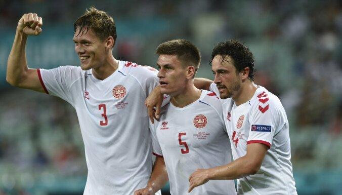 Dānijas futbolisti 'Euro 2020' turpina sensacionāli un sasniedz pusfinālu