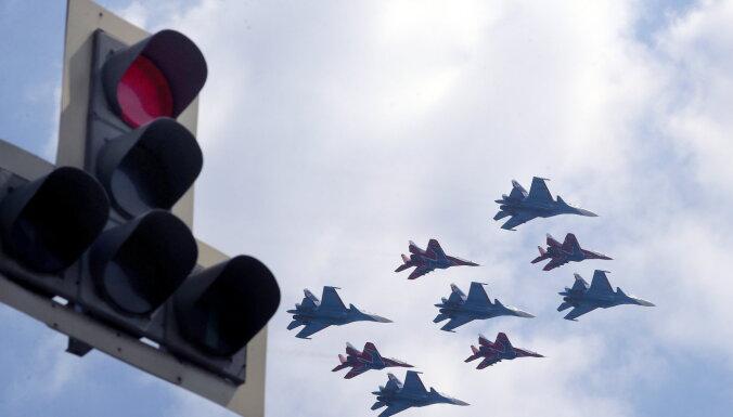 NATO fiksē neierasti lielu Krievijas militāro lidmašīnu aktivitāti dalībvalstu tuvumā