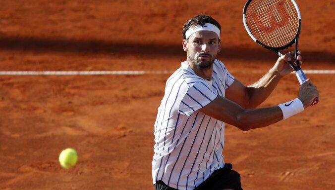 Covid-19 konstatēts bulgāru tenisistam Dimitrovam; atceļ Džokoviča spēli