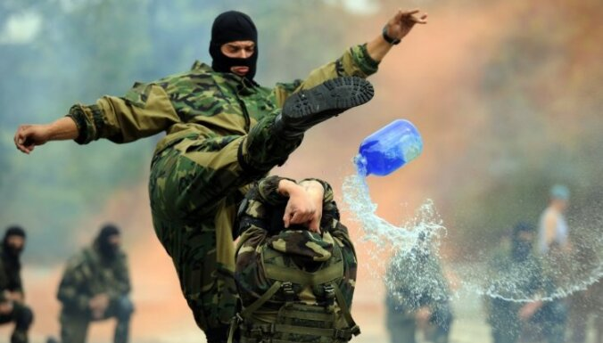 Pleskavas apgabalā sākušās Krievijas un Baltkrievijas desantnieku mācības
