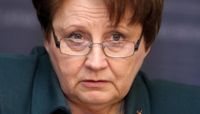 Страуюма: если Цилинскис придет на шествие легионеров, он будет уволен