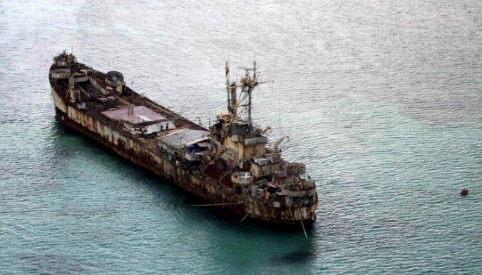 Sarūsējis kara laika ASV tanku desanta kuģis – Filipīnu trumpis strīdā ar Ķīnu
