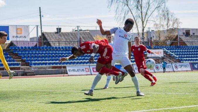 'Liepāja' un 'Daugavpils' aizvada spēli bez vārtu guvumiem