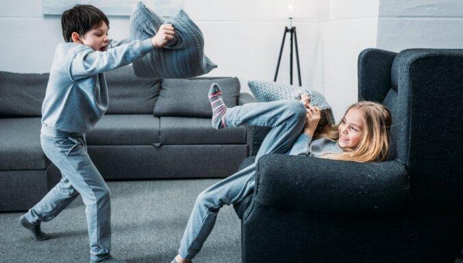 Nemitīgie kašķi mājās – spēle, kas palīdzēs bērniem būt labiem vienam pret otru
