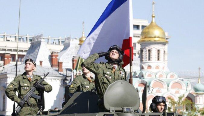 Krievija pie Ukrainas robežas uzsākusi kārtējos 'plānotos' manevrus