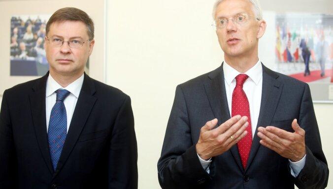 Dombrovskis arī turpmāk EK vēlas strādāt ar ekonomikas un finanšu jautājumiem
