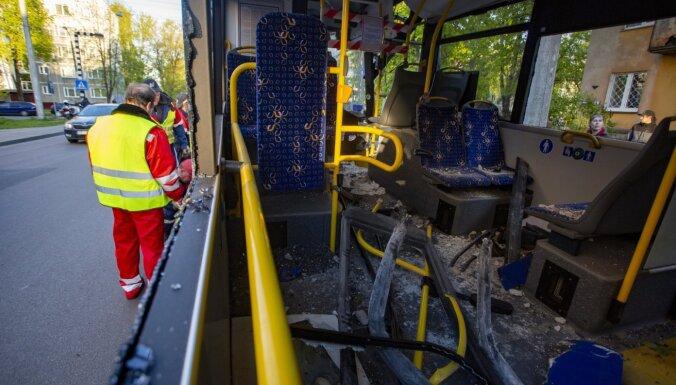 """ДТП с троллейбусом в Кенгарагсе устроил только что вышедший из карантина постоялец """"Синего креста"""""""
