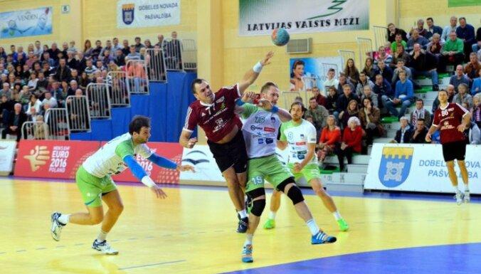 Latvijas handbolisti EČ atlases turnīru turpina ar vēl vienu zaudējumu