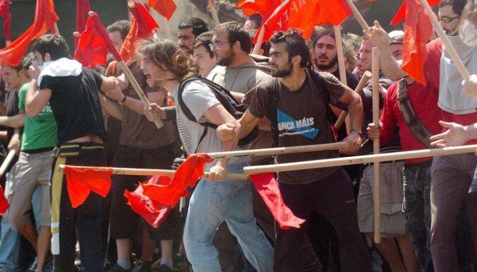 Страны ЕС разошлись во мнениях по условиям спасения Греции