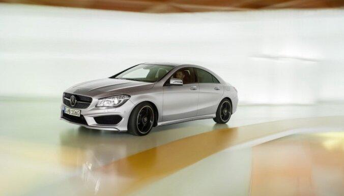 'Mercedes-Benz' oficiāli atklājis jauno modeli 'CLA'