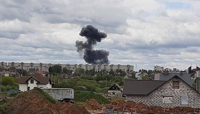 Два пилота погибли в Беларуси при крушении учебного Як-130