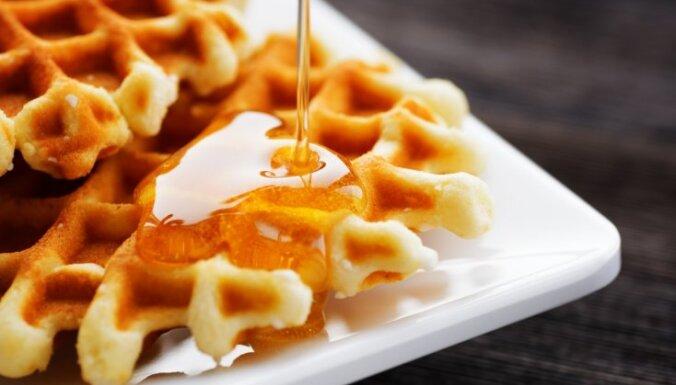 10 kraukšķīgas saldo vafeļu receptes mājas sajūtai un mīlīgam rudenim