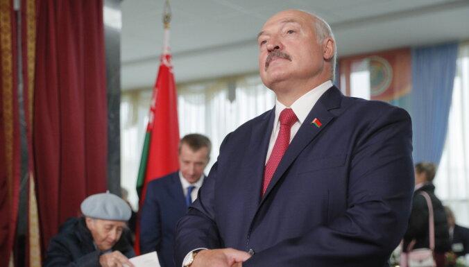 Baltkrievijas opozīcija neiebilst pret Lukašenko kandidēšanu atkārtotās vēlēšanās