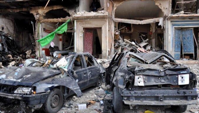 Divi sprādzieni Homsā nogalina 46 cilvēkus