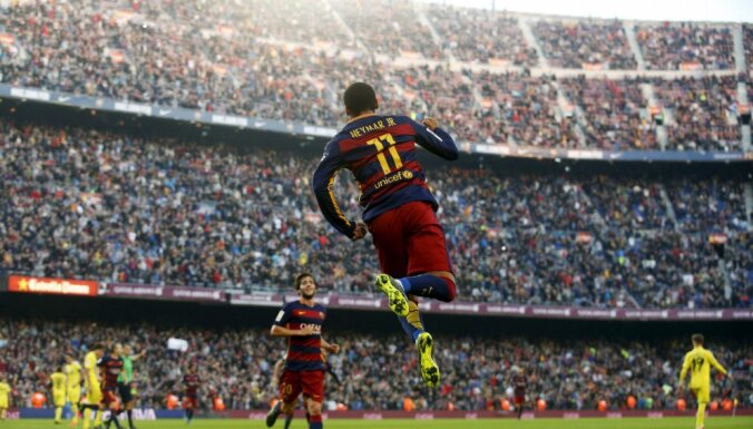 Barcelona s Neymar