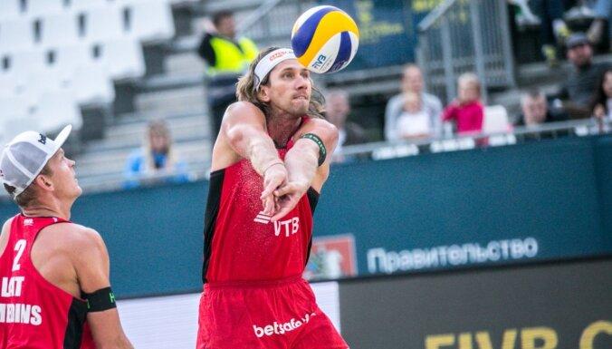Samoilovs un Šmēdiņš iekļūst sezonas pēdējā turnīra 'play-off'