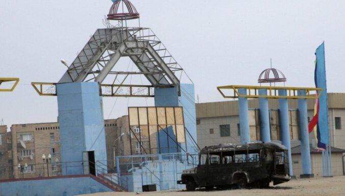 """Беспорядки в Казахстане продолжаются, полиция стреляет по """"хулиганам"""""""