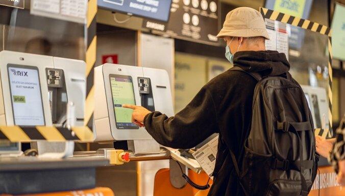 Пассажиры airBaltic будут сдавать багаж по-новому: в линию самообслуживания вложено 230 тысяч евро