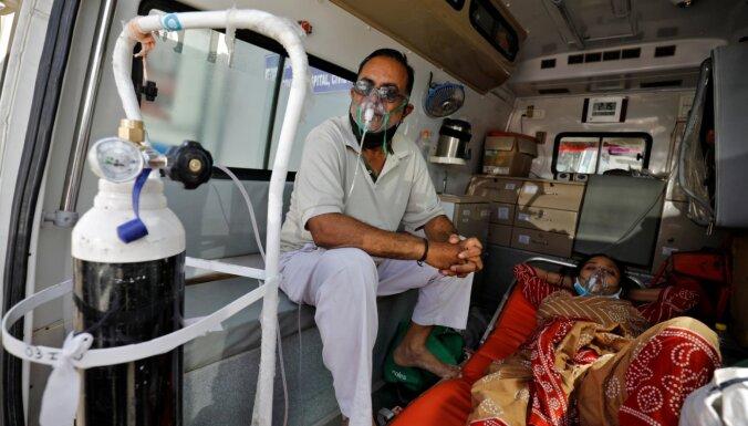 Otrais jaunā koronavīrusa vilnis Indijā pārslogojis veselības aprūpes sistēmu
