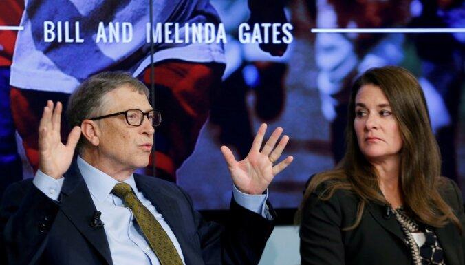 'Microsoft' darbinieki: Bils Geitss slepus ticies ar citām sievietēm