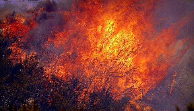 Aizvadītajā diennaktī dzēsti astoņi ugunsgrēki