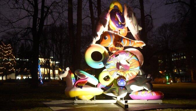 """ФОТО. В Риге стартовал фестиваль """"Путь рождественских елок"""""""