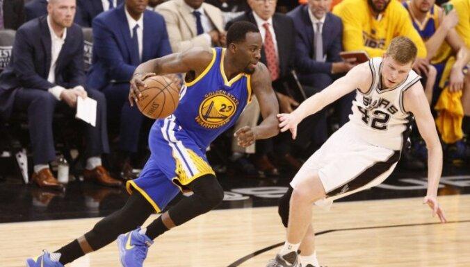 """ВИДЕО: """"Сперс"""" не остановил """"Уорриорз"""", Бертанс завершил первый сезон в НБА"""