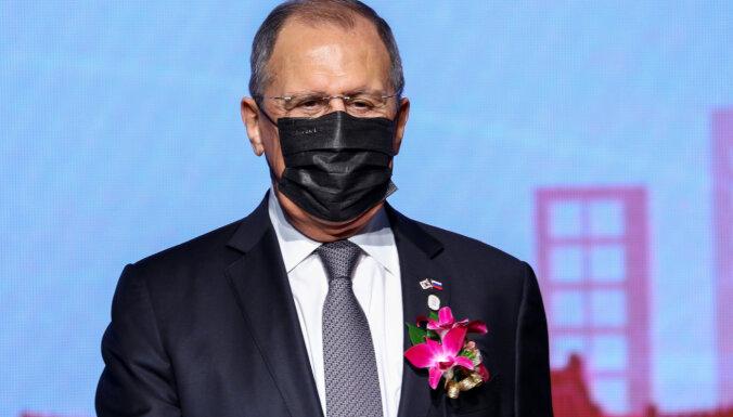 Starp Krieviju un ES vairs nav attiecību, Ķīnā paziņo Lavrovs