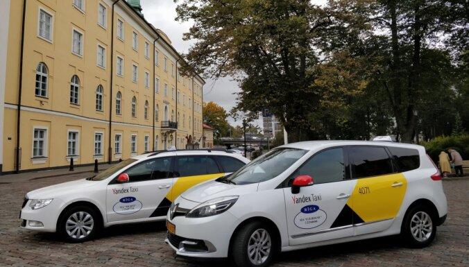'Yandex.Taxi' Rīgā ievieš lietu piegādes pakalpojumu