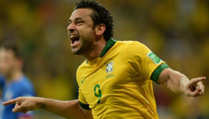 Бразилия впервые пропустила, Неймар повторил рекорд Роналдо