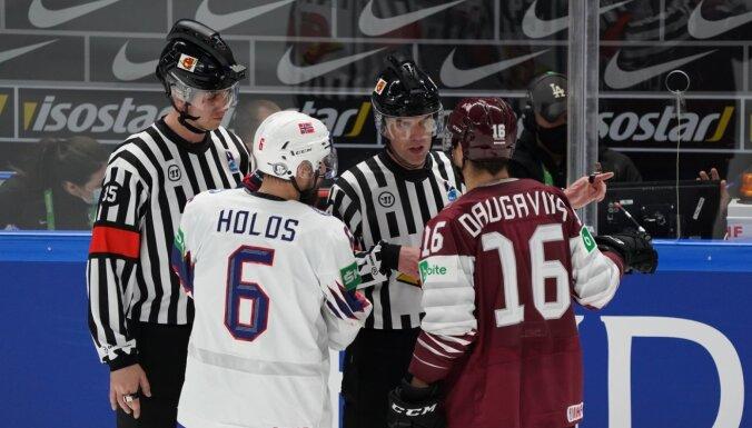 СМИ: Арбитры матча Латвия — Норвегия больше не будут судить на турнире