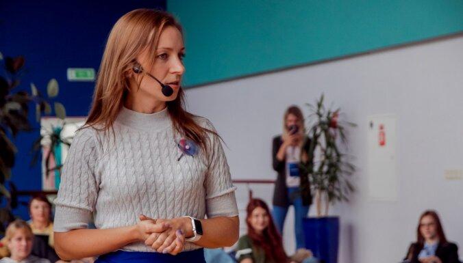 Daina Einberga: Kas slēpjas aiz influenceru vieglā darba fasādes