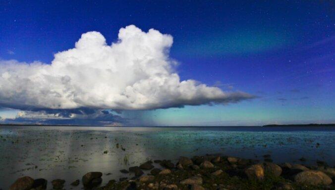 Gaidāma magnētiskā vētra; izredzes Latvijā redzēt ziemeļblāzmu - mazas