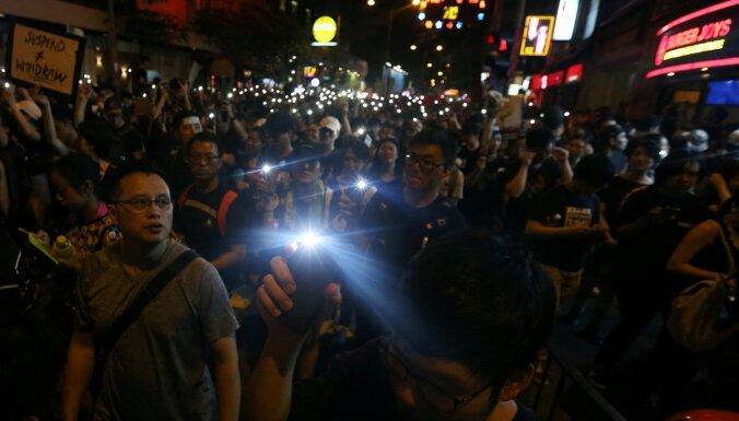 Honkongā turpinās protesti pret likumprojektu par tiesājamo izdošanu Ķīnai