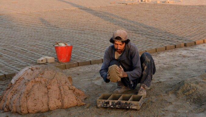 """Министерствам нужны дополнительные 50 тысяч евро для """"значительной поддержки Афганистана"""""""