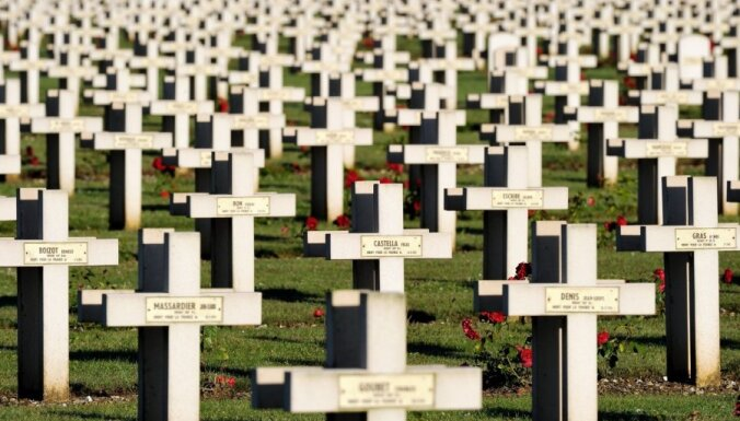 Pieminot 1. pasaules kara beigas. Memoriāli kritušajiem varoņiem pasaulē