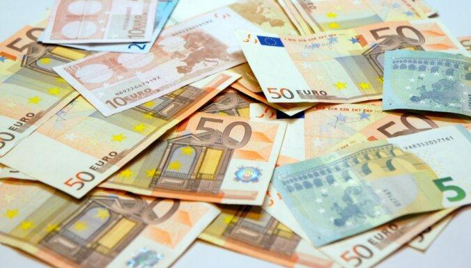 Правительство поддержало выплату пособия в размере 500 евро на ребенка