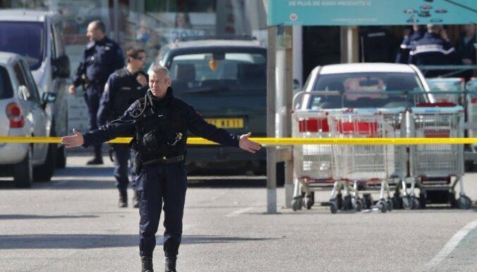 Ķīlnieku sagrābējs un trīs cilvēku slepkava Francijas dienvidos nogalināts