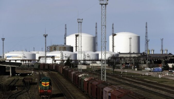 'Tranzītkara' beigas: Par 80 miljoniem eiro pārdotas 'Ventspils naftas' akcijas