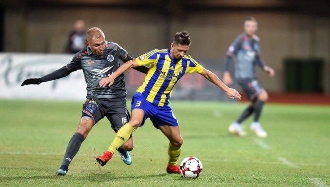 'Ventspils' un 'Valmiera Glass'/ViA futbolisti virslīgas mačā cīnās neizšķirti