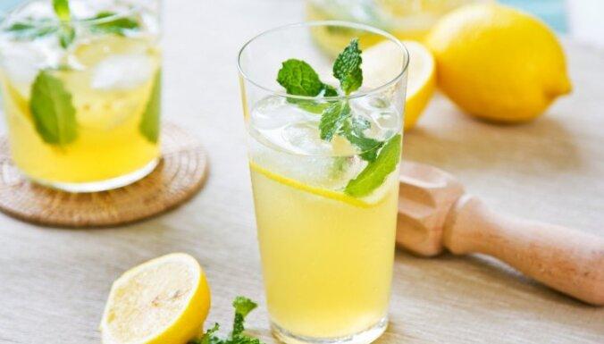 Atveldzējies dienas garumā – padomi, kā pagatavot ideālo mājas limonādi