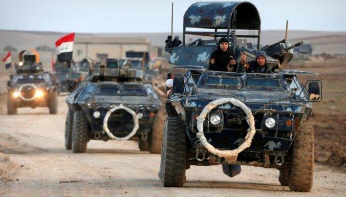 Foto: Līdz zobiem bruņoti Irākas spēki uzsāk Mosulas atkarošanas otro posmu