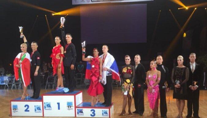 Latvijai astotā vieta pasaules čempionātā 10 dejās