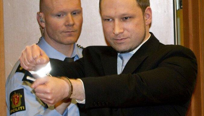 Breiviks plānojis noslepkavot Obamu