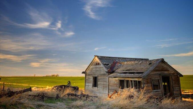 Село в Латвии стремительно вымирает: было 7724 деревни, стало 6319