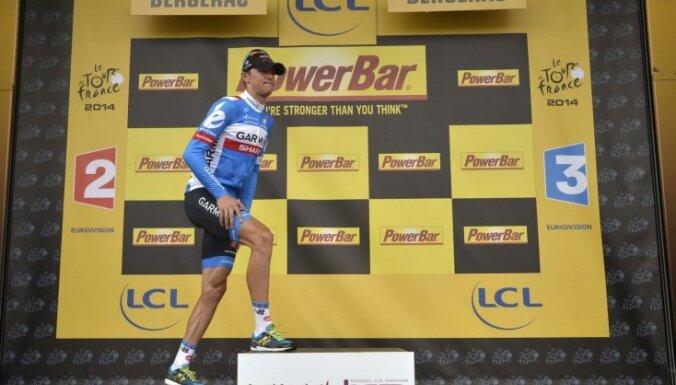 Navardausks kļūst par pirmo 'Tour de France' posmā uzvarējušo lietuvieti