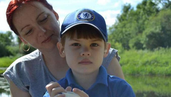"""""""Все говорили, что я зря паникую, но сердце подсказывало, что это не так"""": семье 8-летнего Мирослава Лопато нужна ваша помощь"""
