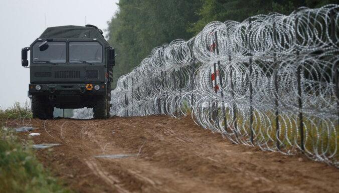 Польша предотвратила две попытки штурма границы мигрантами