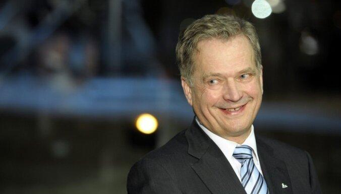 Somijas prezidenta vēlēšanās uzvar Sauli Nīniste