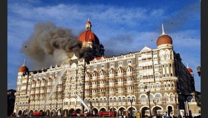 Indijas amatpersona: Mumbajas slaktiņu koordinēja Pakistānas izlūkdienests
